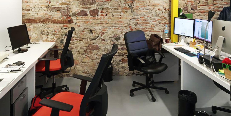 Puestos de trabajo en el coworking - SOYTUTIPO